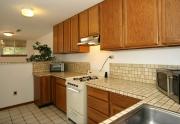 021_Apartment-Kitchen