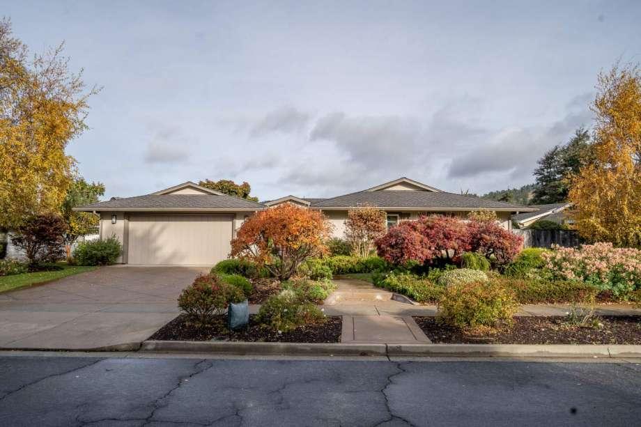 7041 Valley Greens Circle, Carmel xxx